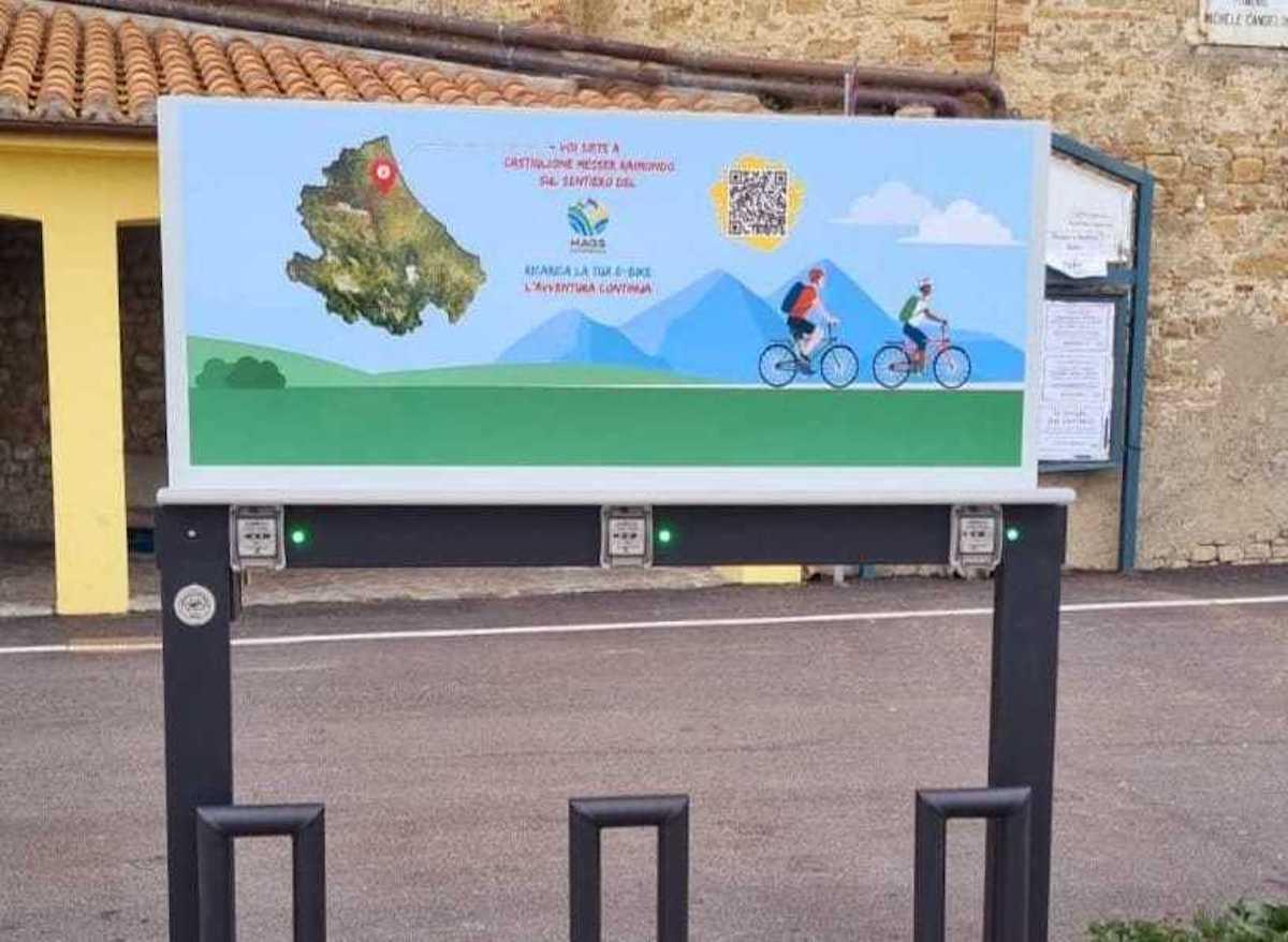 Castiglione M.R. nel percorso cicloturistico Mags Experience: 320 km mare/montagna. Installata stazione di ricarica e-bike